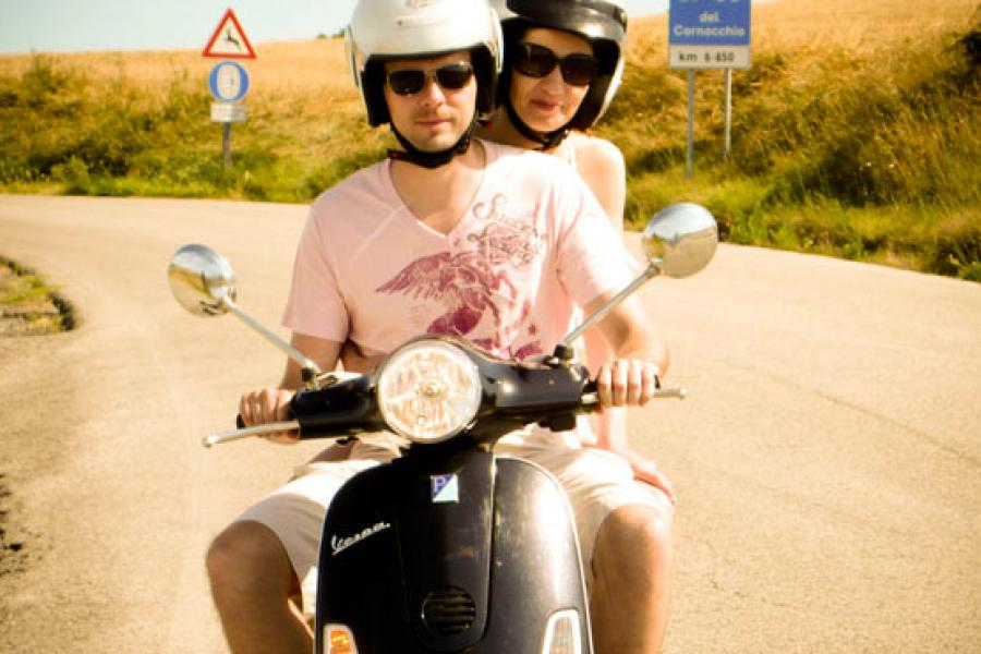 Sunny ride crossing hills between San Gimignano and Volterra (Vespa Tour)